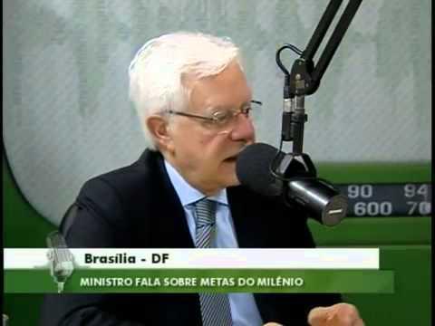 """Programa """"Bom Dia, Ministro"""" de 24/11/2011 - Ministro Moreira Franco"""