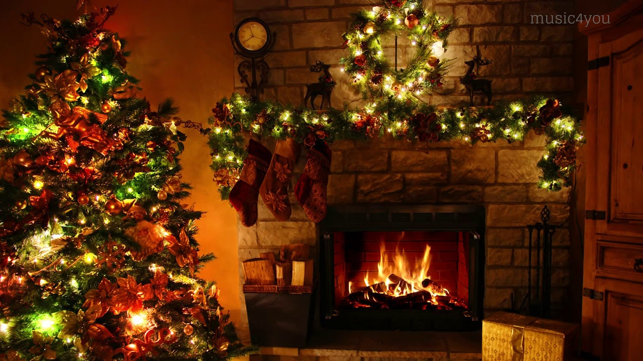 CHRISTMAS FIREPLACE and Crackling Fire For a Warm Ambience ...