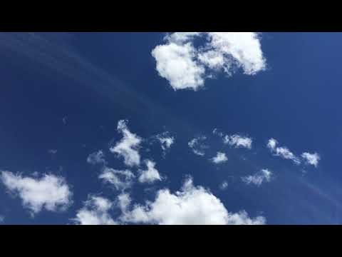 Clouds and Blue sky relaxing background screensaver
