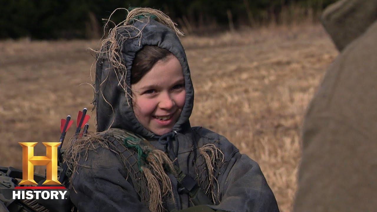 Download Mountain Men: Jason Prepares River for a Hunt (Season 7, Episode 9) | History