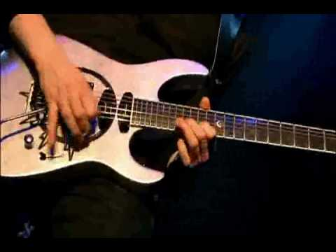 Arch Enemy - Christopher Amott Solo