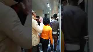 Cagliari, la capotreno fa scendere i migranti dal convoglio: erano senza biglietto
