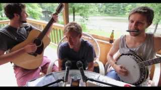 Amy Winehouse - Valerie (Bluegrass Cover) : Matt Carr, Bear Donahue, & Dunc