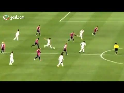 Incredible long range goal - Cerezo Osaka vs Omiya Ardija