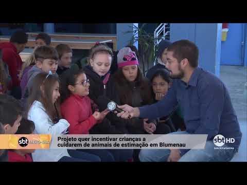 Projeto incentiva crianças de Blumenau a cuidarem dos animais