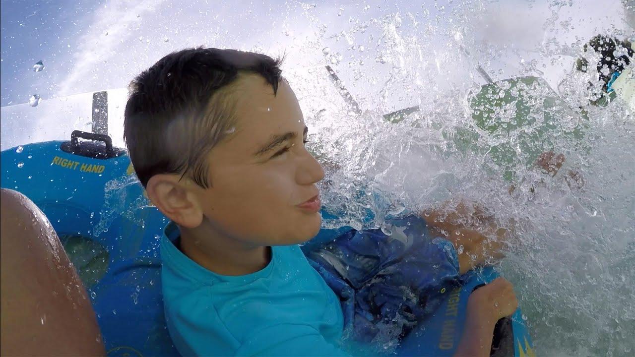 Vlog toboggan aquatique torrent d 39 eau piscine for Swan et neo piscine