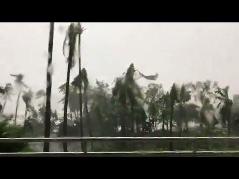 Cyclone Debbie pummels Hamilton Island
