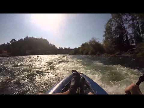 Willamette River rapids in Eugene Oregon