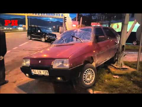 Pamukova Mekece kırmızı ışıkta kaza