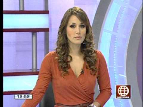 Karina Borrero - America Noticias Mediodía 22Oct2012