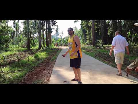 The 400 Years Old Tree - 'Big tree' - Ban Rai, Uthai Thani - Thailand Vlog