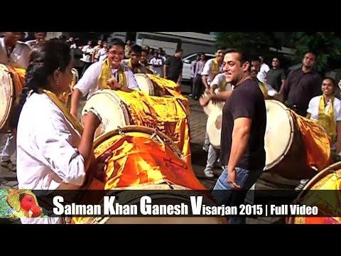 Salman Khan Enjoy Dancing On Nashik Dhol During Ganesh Visarjar 2015