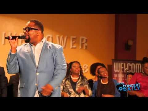 """Hezekiah Walker performs """"Every Praise"""" Live at Merge Summit Baltimore"""