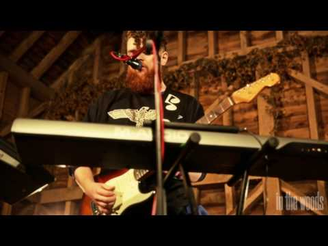 'Water' - Jack Garratt // In The Woods Barn Sessions