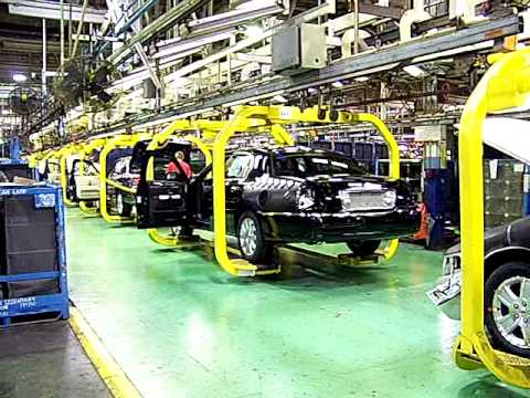 St Thomas Assemby Plant The Last Lincoln Town Ever Car Built Aug