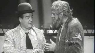 "Abbott & Costello - The Niagara Falls Sketch  (""Slowly I Turned"")"