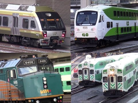 GO Transit / UP Express /VIA Rail / AMTRAK atUnion Station Toronto rush hour Oct 15 2015