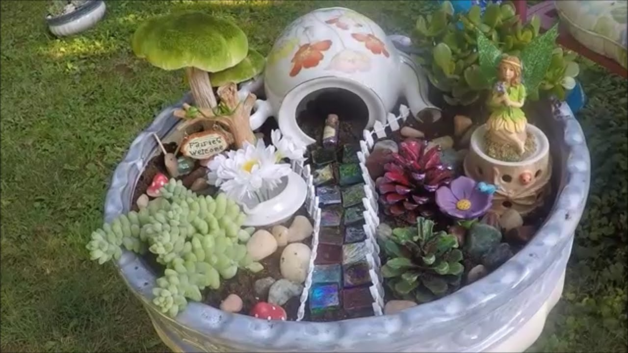 hawaiian and woodland fairy gardens how to make them using live plants youtube. Black Bedroom Furniture Sets. Home Design Ideas