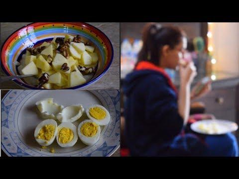 WHAT I EAT IN BREAKFAST FOR WEIGHT LOSS | DESI BREAKFAST | SABAPRO