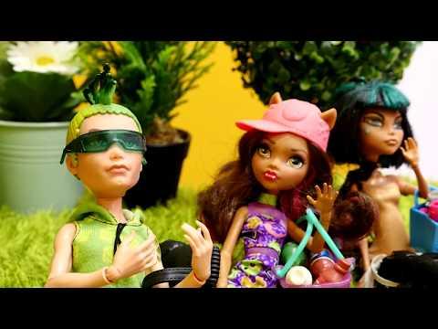 Пригласили русских девочек на пикник