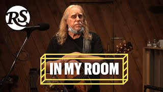 Warren Haynes Performs 'Soulshine' and 'Dark Was the Night, Cold Was the Ground' | In My Room