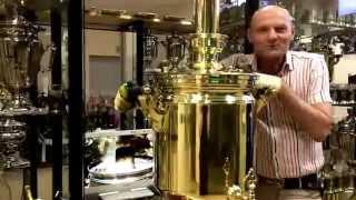 Трактирный самовар 40 литров, хотите купить?(http://dedov-samovar.ru http://дедов-самовар.рф 8(916)3600004 Для гостеприимных хозяев или владельцев чайных предлагаем 40-лит..., 2014-06-05T09:57:17.000Z)