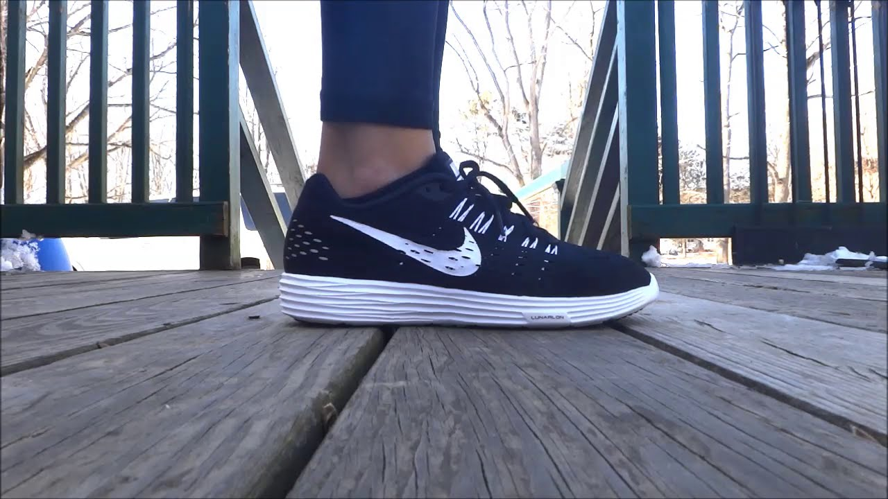 b9a3329c39187 Nike LunarTempo Unboxing On Feet