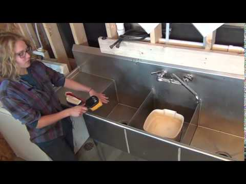 How To Clean And Sanitize A Three Compartment Sink Youtube