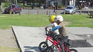 4 year old BMX twins (Original)(4 year old twin brothers Jake and Theo riding (and crashing) their bikes, filmed during a road trip through New Zealand. Follow their latest on instagram ..., 2014-02-19T19:38:54.000Z)