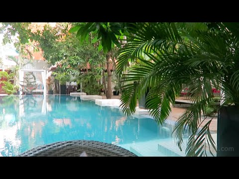 Boutique Hotel in Phnom Penh [great pool]