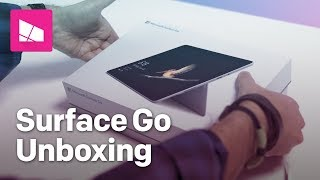 What's inside the Surface Go sales packaging? Watch the our unboxin...