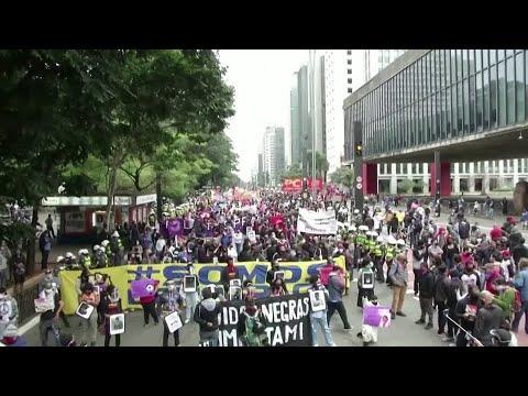 Brazil protests show political split amid virus