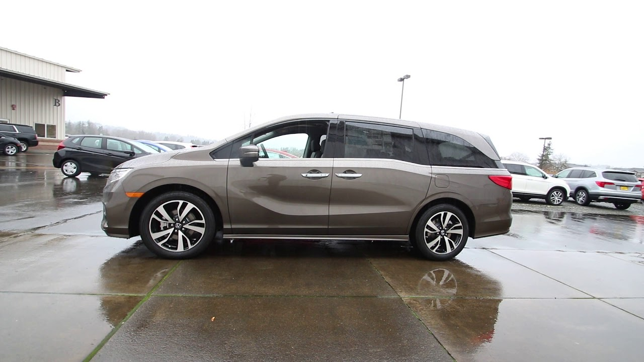 Honda Of Seattle >> 2018 Honda Odyssey Elite | Pacific Pewter Metallic | JB069398 | Seattle | Sumner | - YouTube