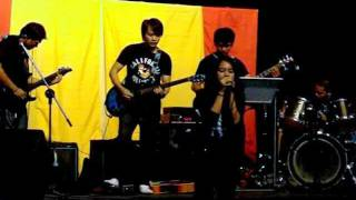Sorrow - Flyleaf ( ThanksGiving Feast 2011)