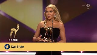 Shirin David bekommt Bambi als Shootingstar | Bambi 2019 | ARD