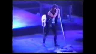 Gambar cover Bon Jovi - Living In Sin (Rotterdam 1989)