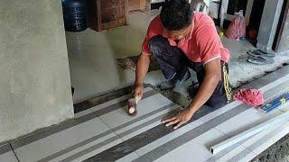 Pasang keramik lantai dapur ukuran 50x50 cm