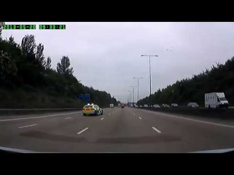 Police block on the M25
