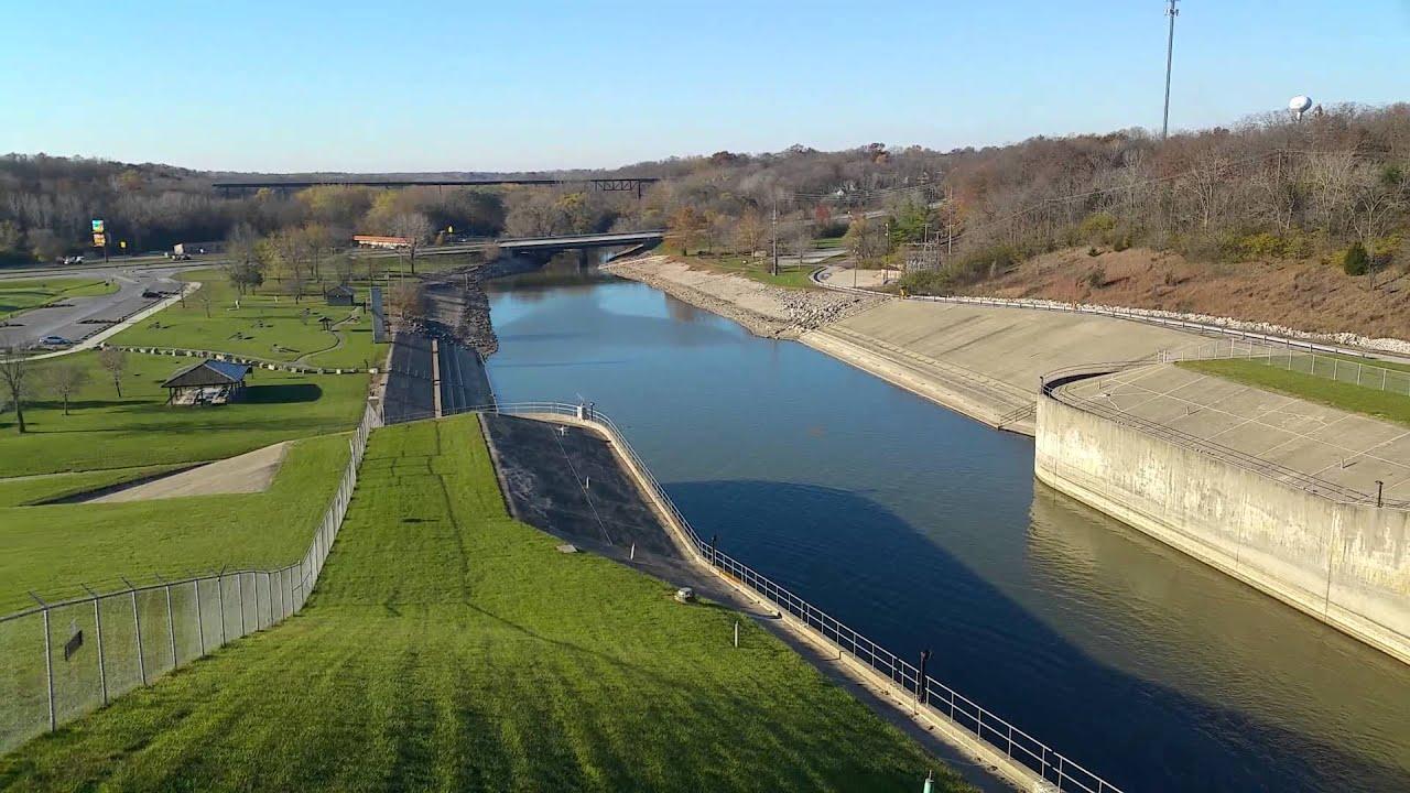 Lake Shelbyville, Illinois Spillway Dam