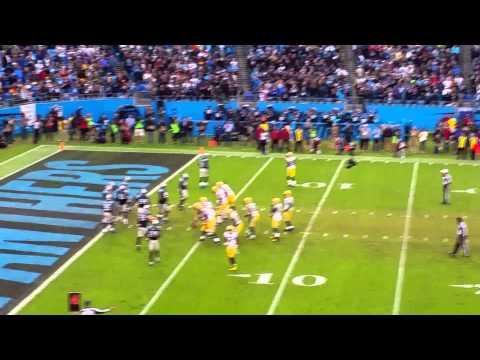 Aaron Rodgers intercepted by Thomas Davis