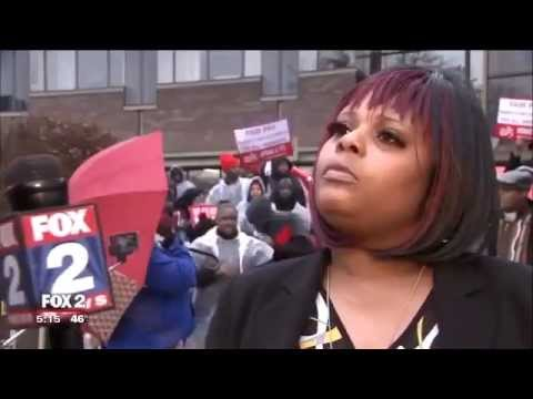 Fox 2 Detroit reporter to fast food worker: Paramedics don't make $15 an hour