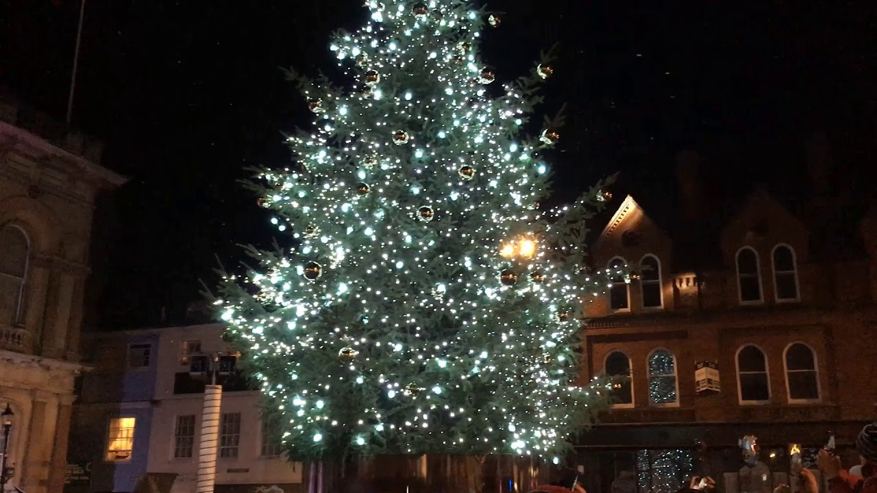 Ipswich gets ready for Christmas as the lights are switched on - YouTube
