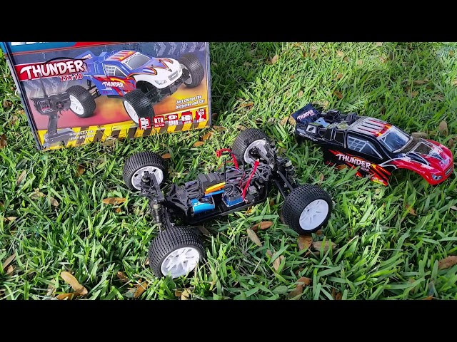 ZD Racing Thunder ztx10  1/10 scale 4X4 brushless off-road truggy unboxing.
