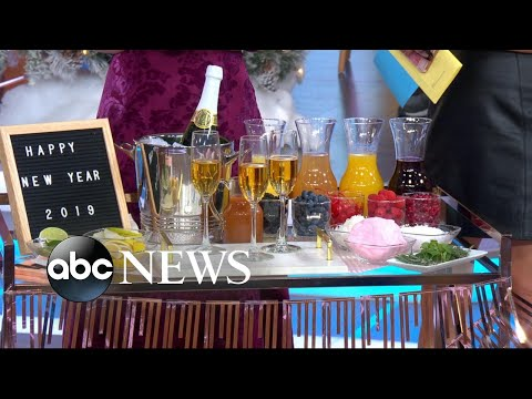 Donnie McClurkin - WATCH! How to throw the ultimate New Year's Eve party