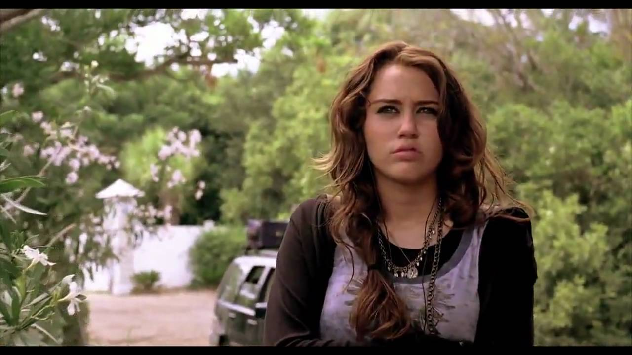 miley cyrus amp liam hemsworth the last song behind the