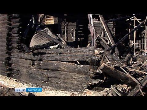 Подробности трагедии в городе Петухово, где в огне погибла девочка