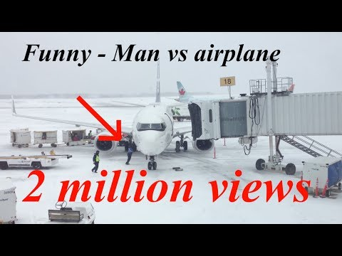 Must Watch! Funny man pushing a Boeing 737