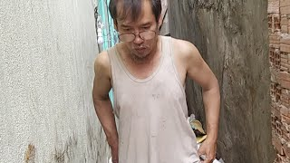 Tiếp Tục Dọn Căn Nhà Ngập Rác Ở Sài Gòn