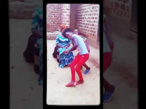 WALAI MAAMA YE MAAMA BY TRIPLETS GHETTO KIDS