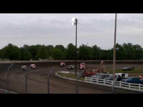 Trevor Baker 25! Modified - Beatrice Speedway Heat